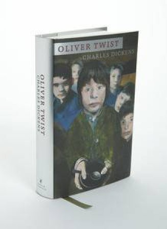 Oliver Twist: Designer Classic by Charles Dickens
