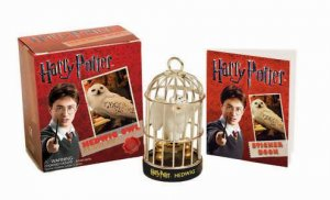 Harry Potter Hedwig Owl and Sticker Book