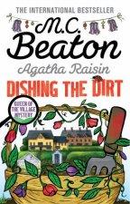 Agatha Raisin Dishing the Dirt